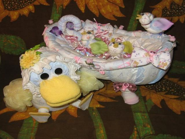 diaper cake instructions baby showers diaper cakes nappy ca. Black Bedroom Furniture Sets. Home Design Ideas